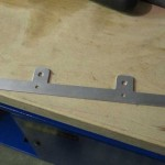 Brake pipe bracket
